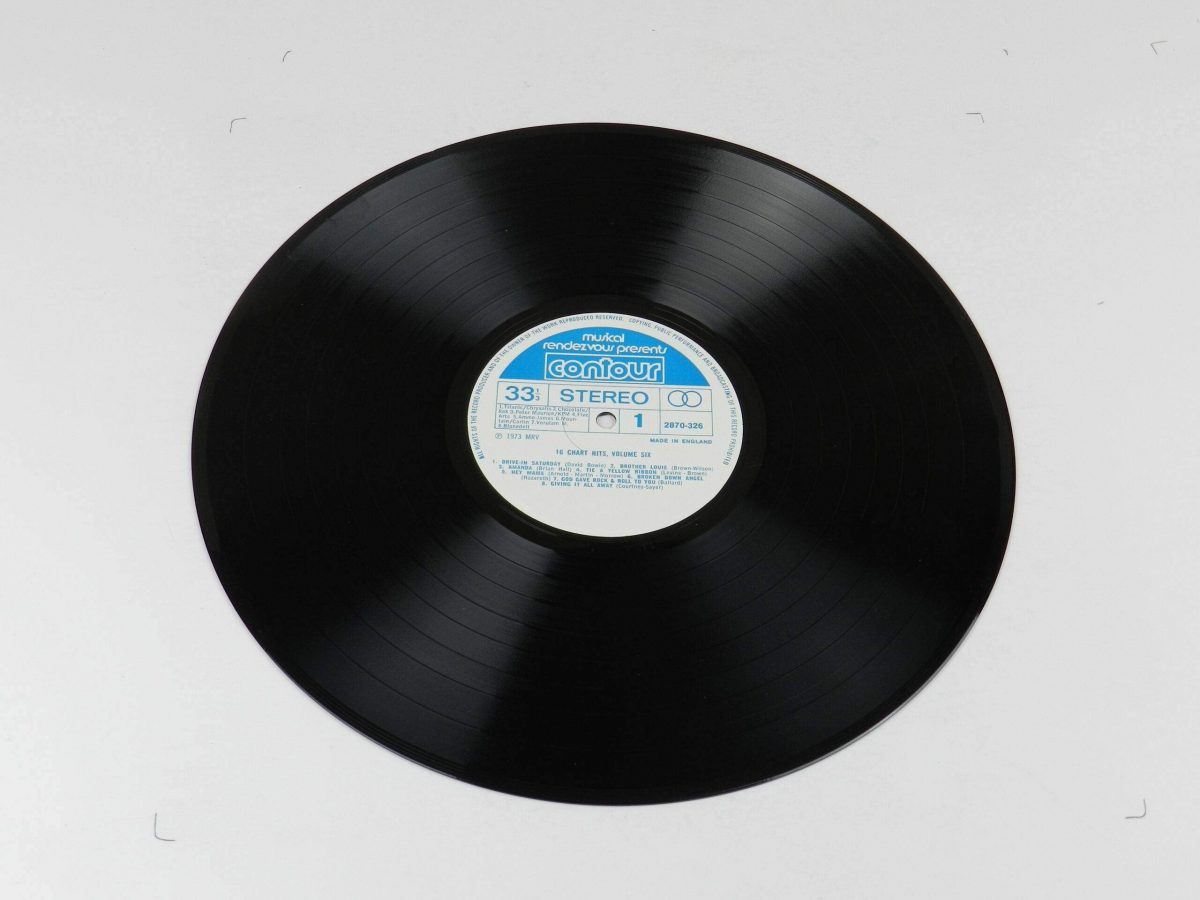 Unknown Artist – 16 Chart Hits Vol 6 vinyl record side A scaled