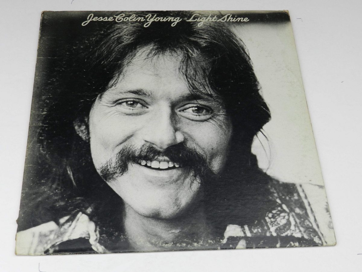 Jesse Colin Young – Light Shine vinyl record sleeve scaled