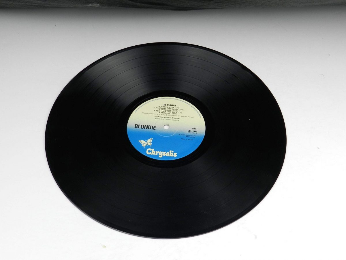 Blondie – The Hunter vinyl record side A scaled