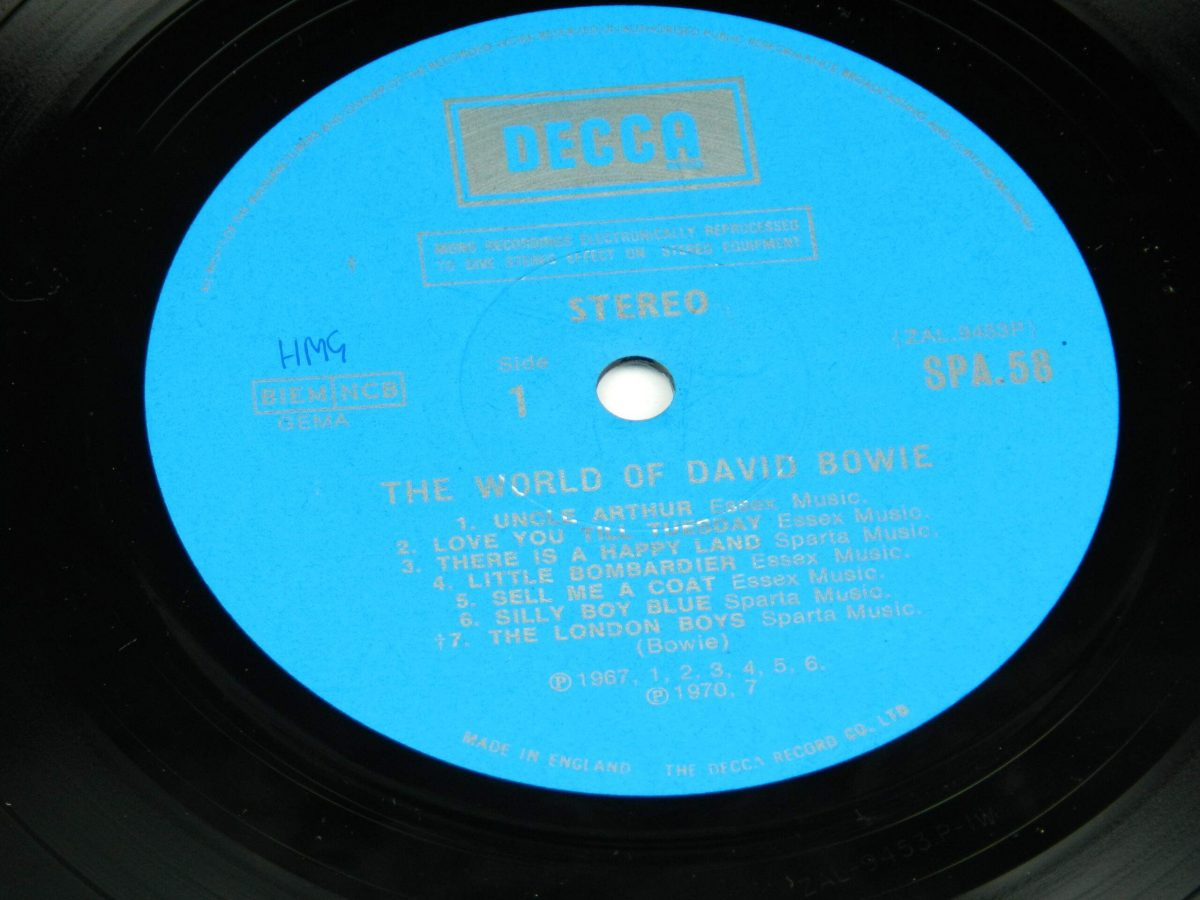 David Bowie – The World Of David Bowie vinyl record side A label scaled