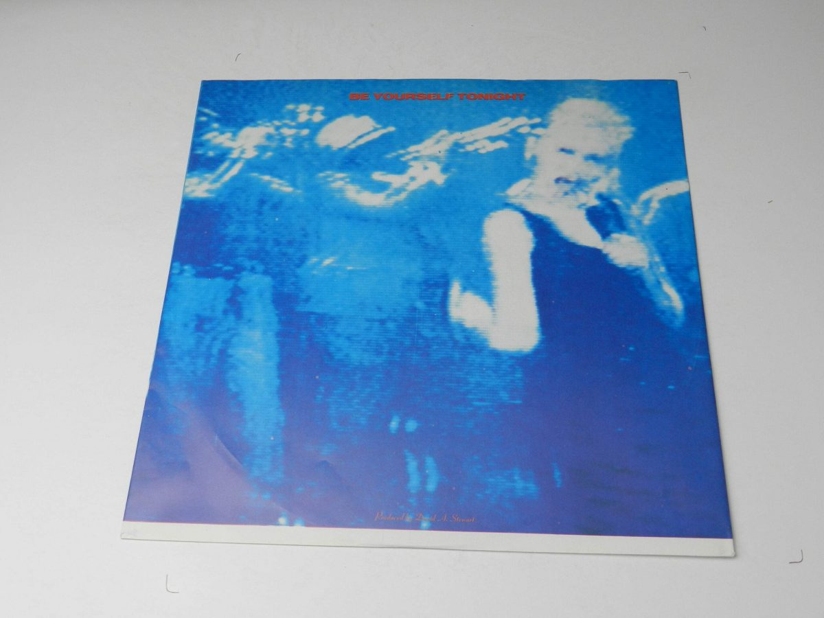 Eurythmics – Be Yourself Tonight vinyl record sleeve inner 1 scaled