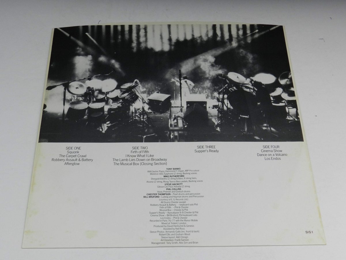 Genesis – Seconds Out vinyl record 1 inner 2 scaled