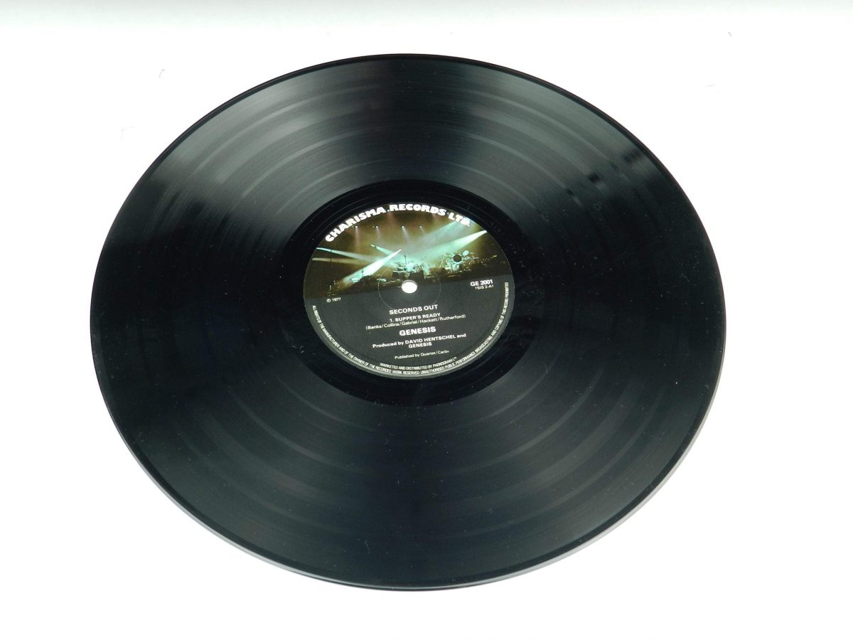Genesis – Seconds Out vinyl record 2 side A scaled