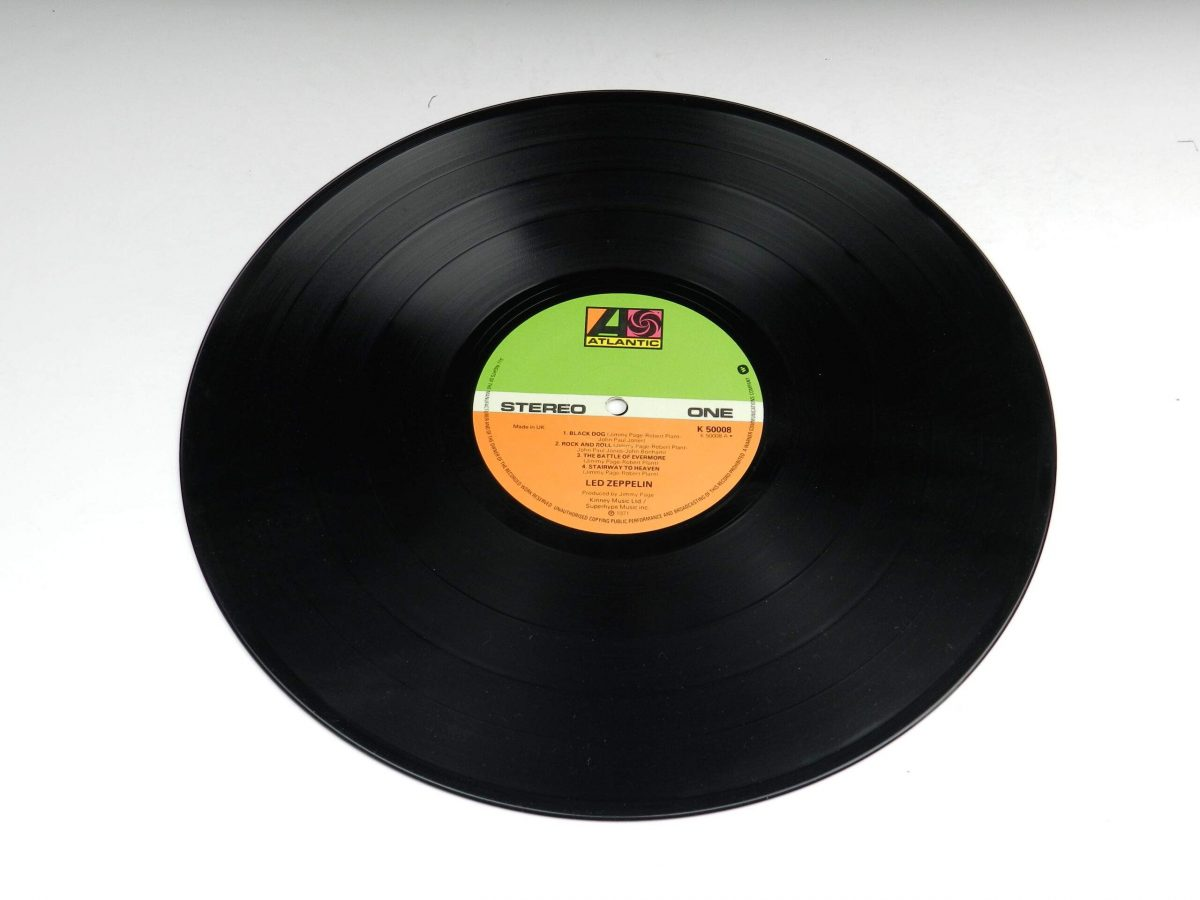 Led Zeppelin – Untitled vinyl record side A scaled