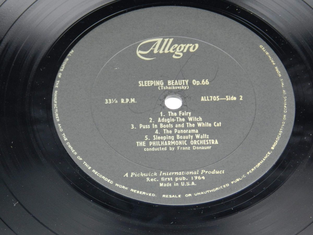 The Philharmonic Orchestra Conducted By Franz Donauer – Sleeping Beauty and The Nutcracker Suite vinyl record side B label scaled