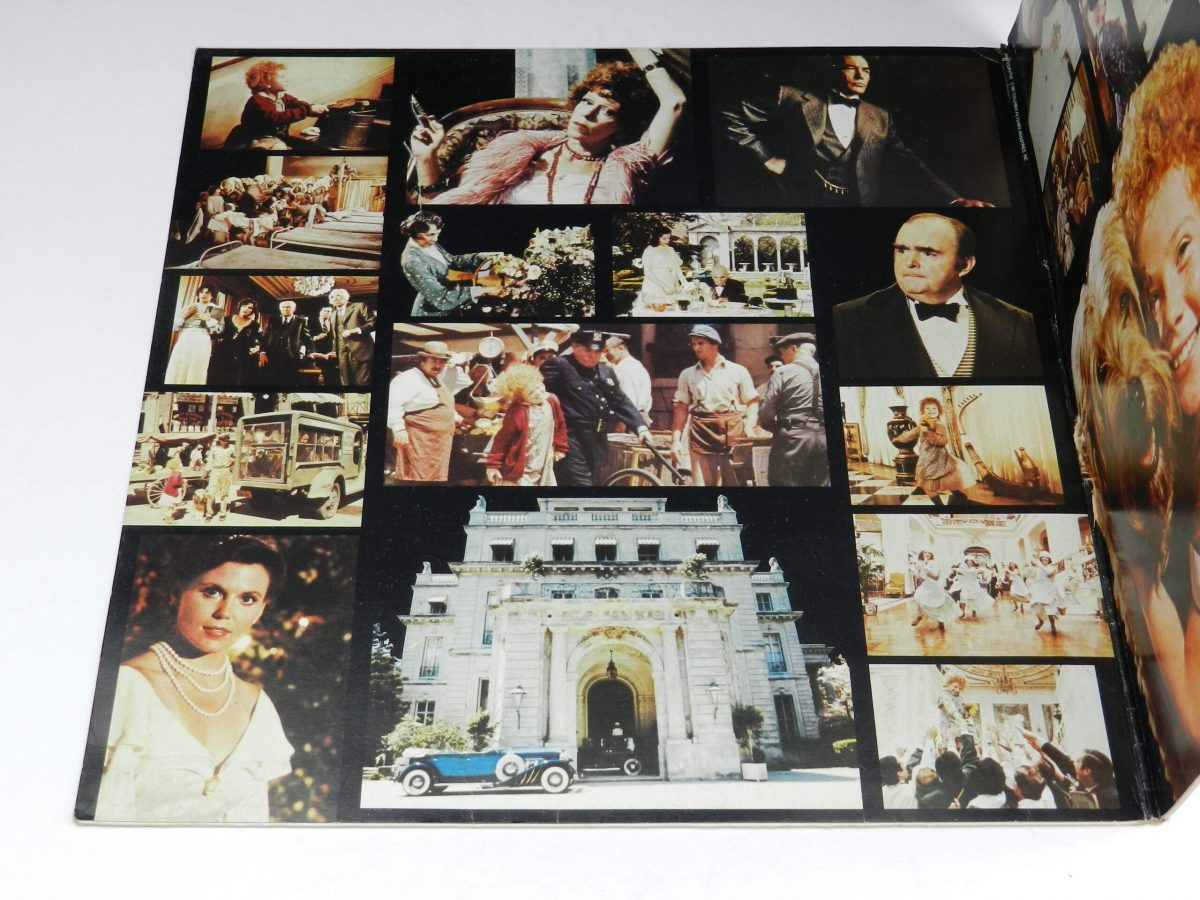 Various – Annie Original Motion Picture Soundtrack vinyl record sleeve gatefold 1 scaled