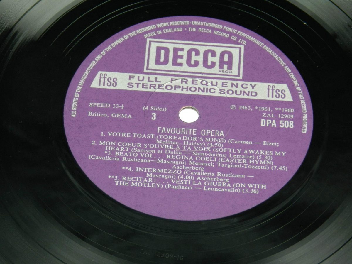Various – Favourite Opera Famous Solos Duets And Choruses vinyl record 2 side A label scaled