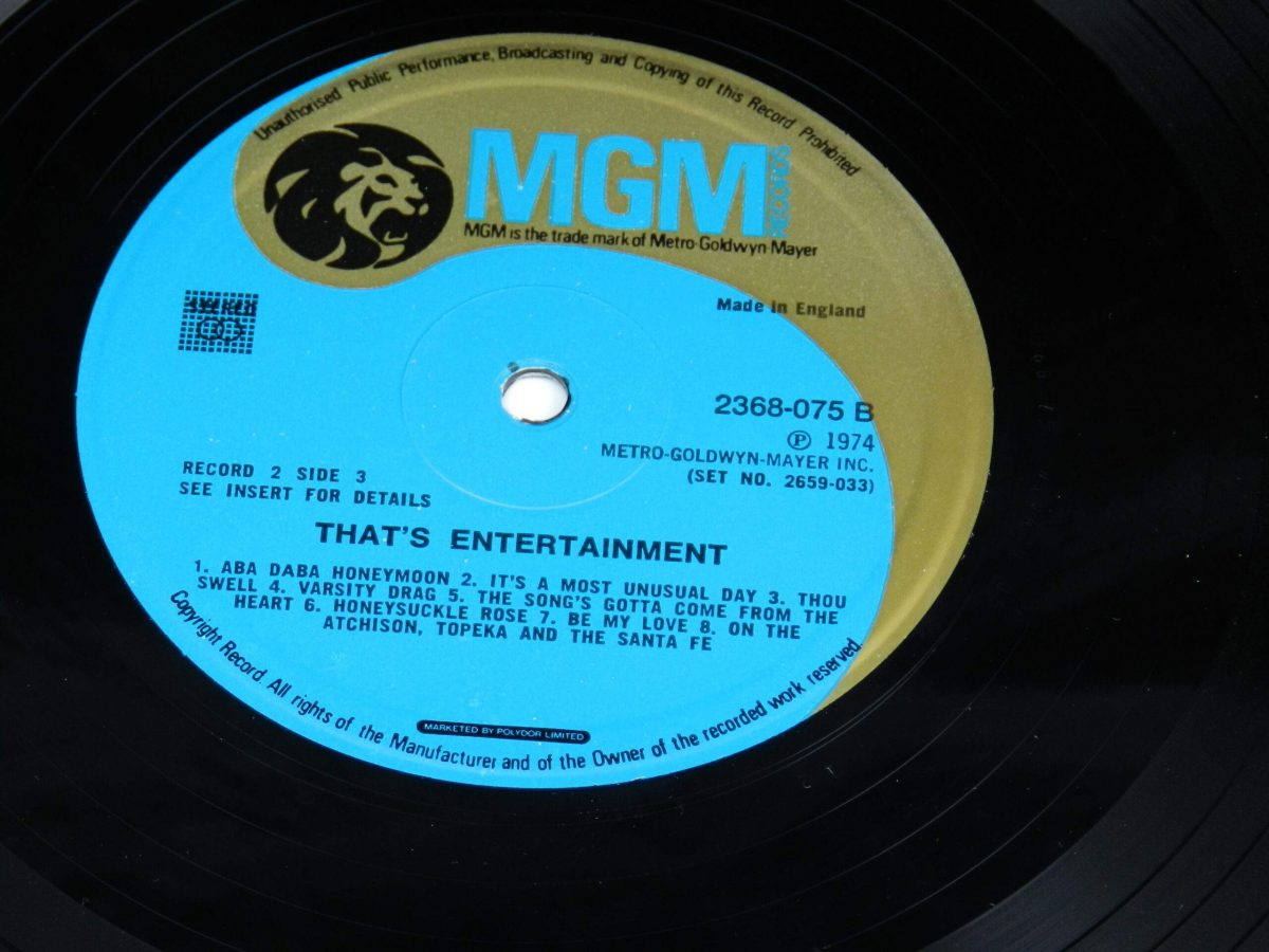 Various – Music From The Original Motion Picture Soundtrack That s Entertainment vinyl record 2 side B label scaled