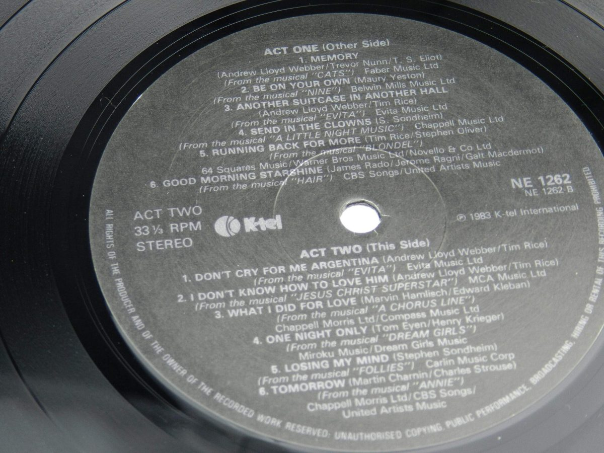 Elaine Paige – Stages vinyl record side A label scaled