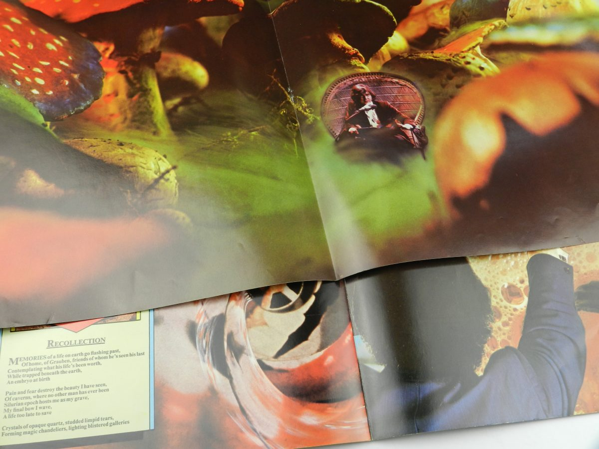 Rick Wakeman – Journey To The Centre Of The Earth vinyl record sleeve booklet scaled