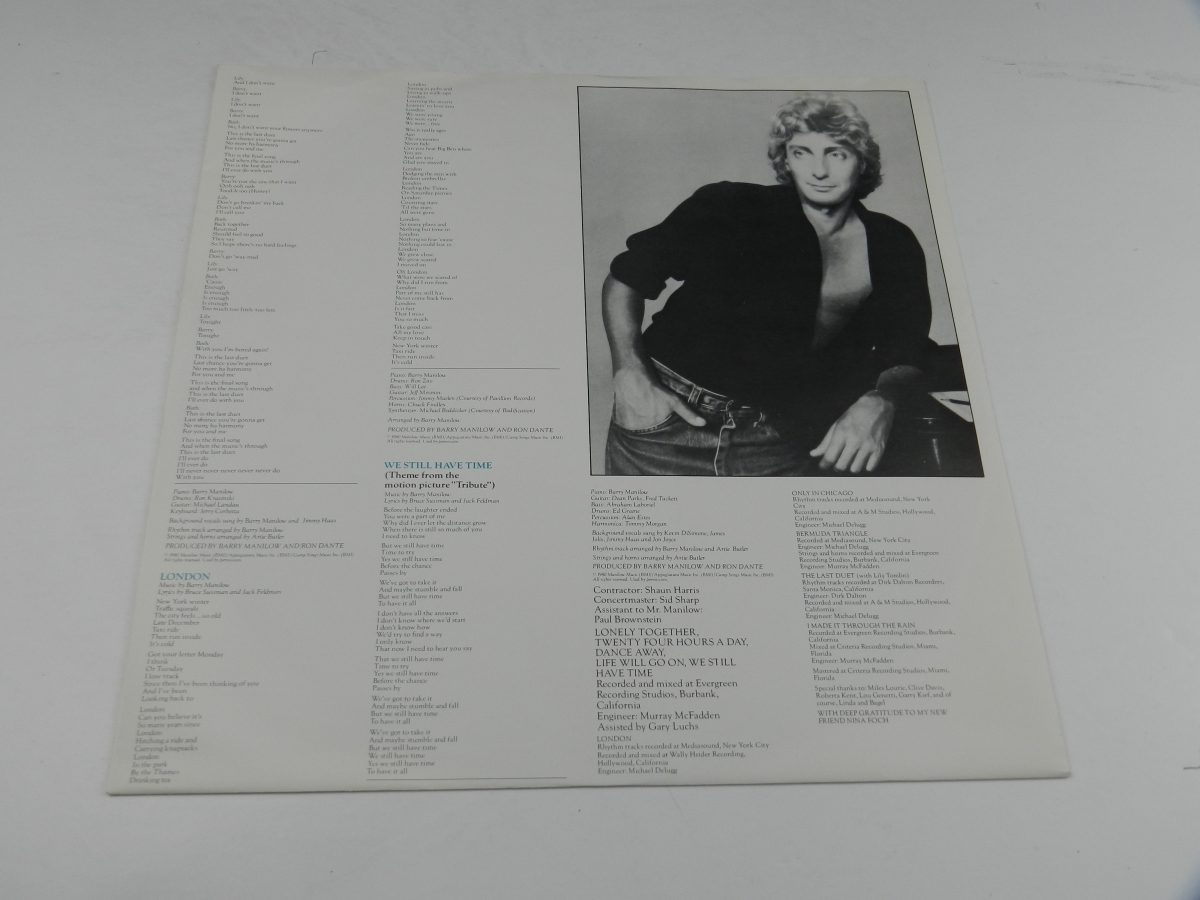 Barry Manilow – Barry vinyl record sleeve inner 2 scaled