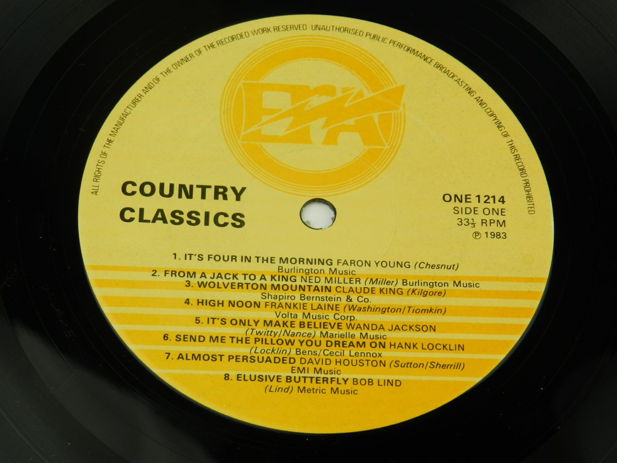 Various – Country Classics vinyl record side A label scaled