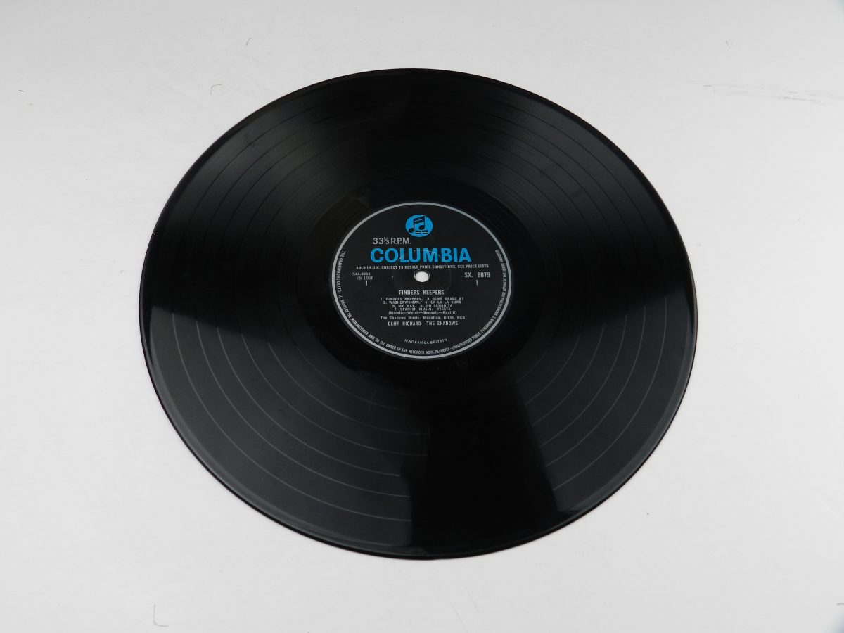 Cliff Richard And The Shadows – Finders Keepers vinyl record side A scaled