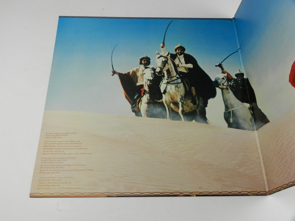 Electric Light Orchestra – Discovery vinyl record sleeve gatefold 1 scaled