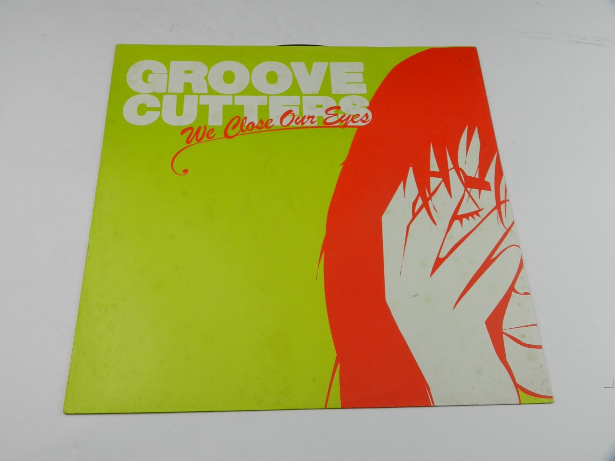 Groovecutters – We Close Our Eyes vinyl record sleeve scaled