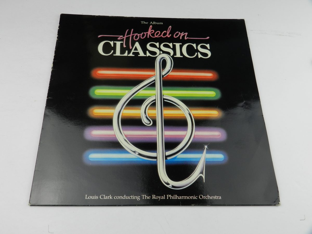 Louis Clark Conducting The Royal Philharmonic Orchestra – Hooked On Classics vinyl record sleeve scaled