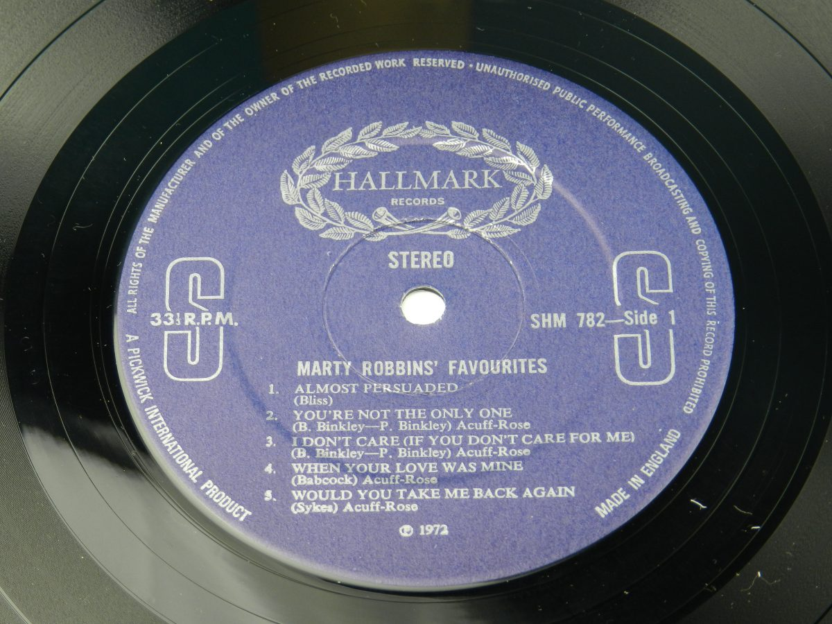 Marty Robbins – Marty Robbins Favourites vinyl record side A label scaled