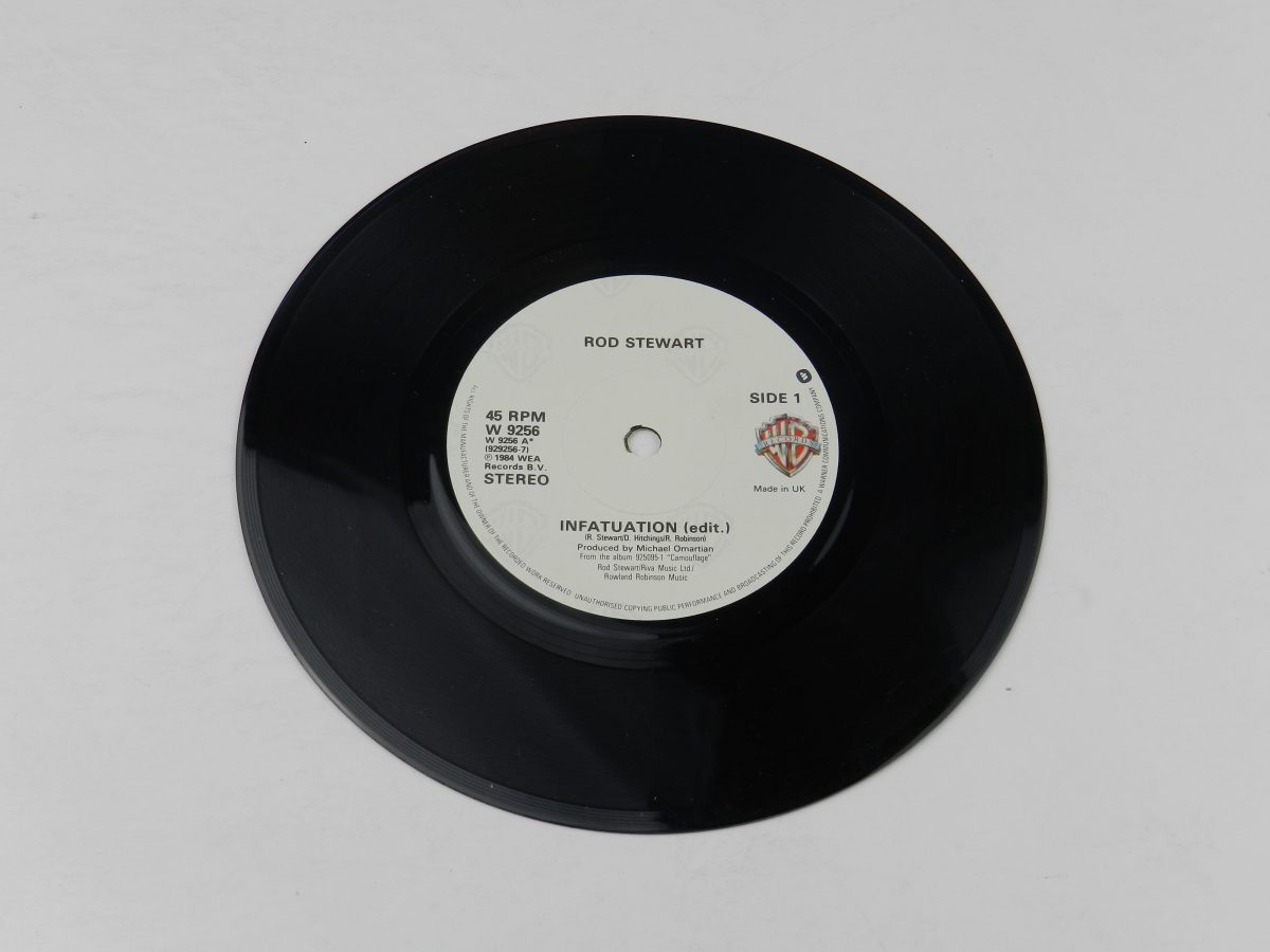 Rod Stewart – Infatuation vinyl record side A scaled
