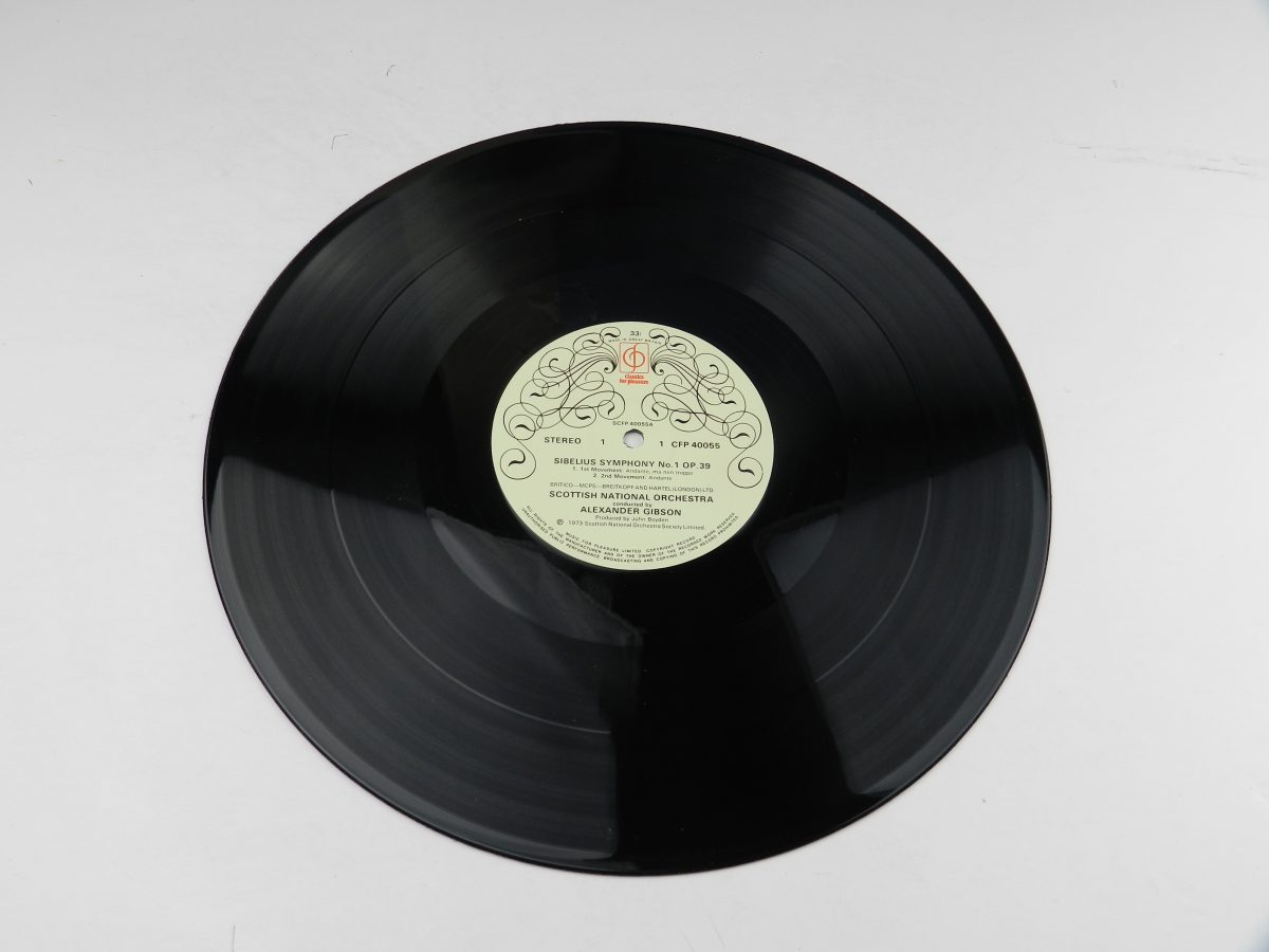 Scottish National Orchestra Conducted By Alexander Gibson – Symphony No.1 In E Minor Op. 39 vinyl record side A scaled