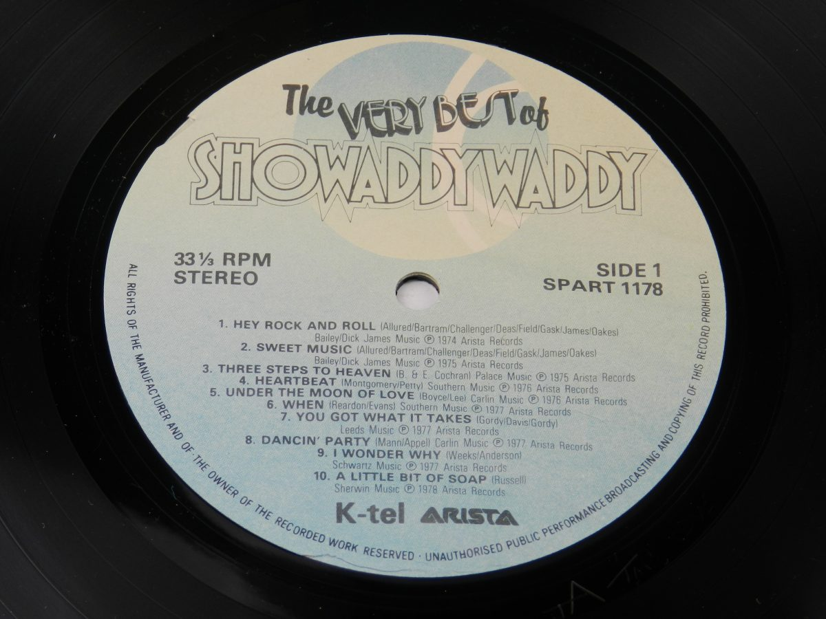 Showaddywaddy – The Very Best Of Showaddywaddy vinyl record side A label scaled