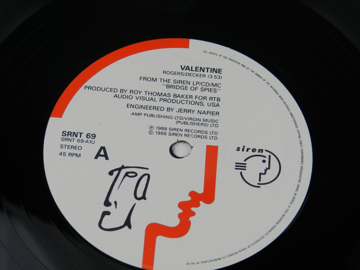 TPau – Valentine vinyl record side A label scaled
