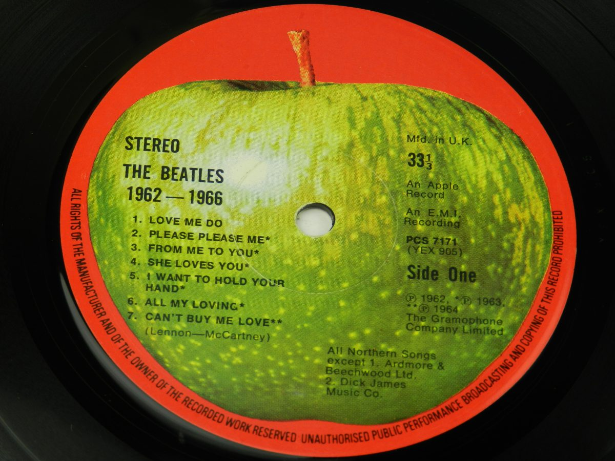 The Beatles – 1962 1966 vinyl record 1 side A label scaled