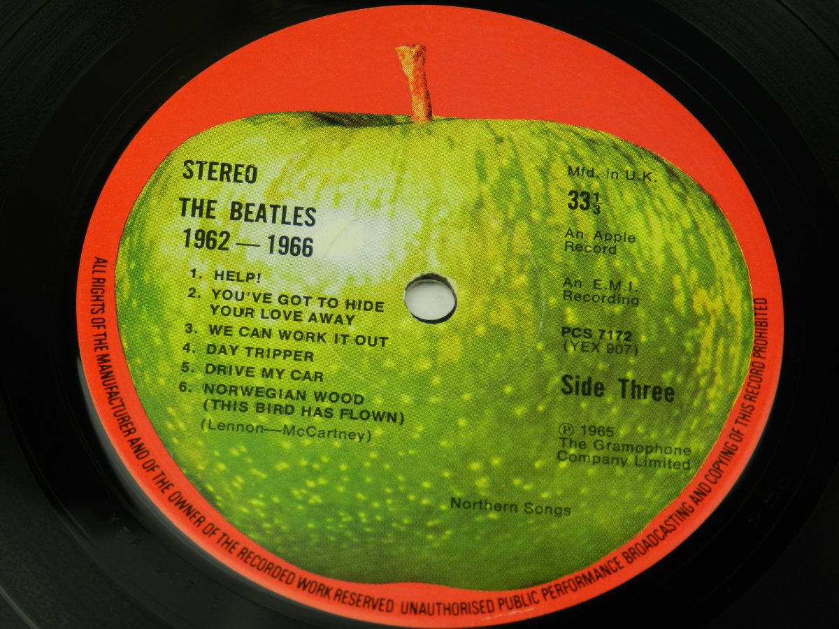 The Beatles – 1962 1966 vinyl record 2 side A label scaled