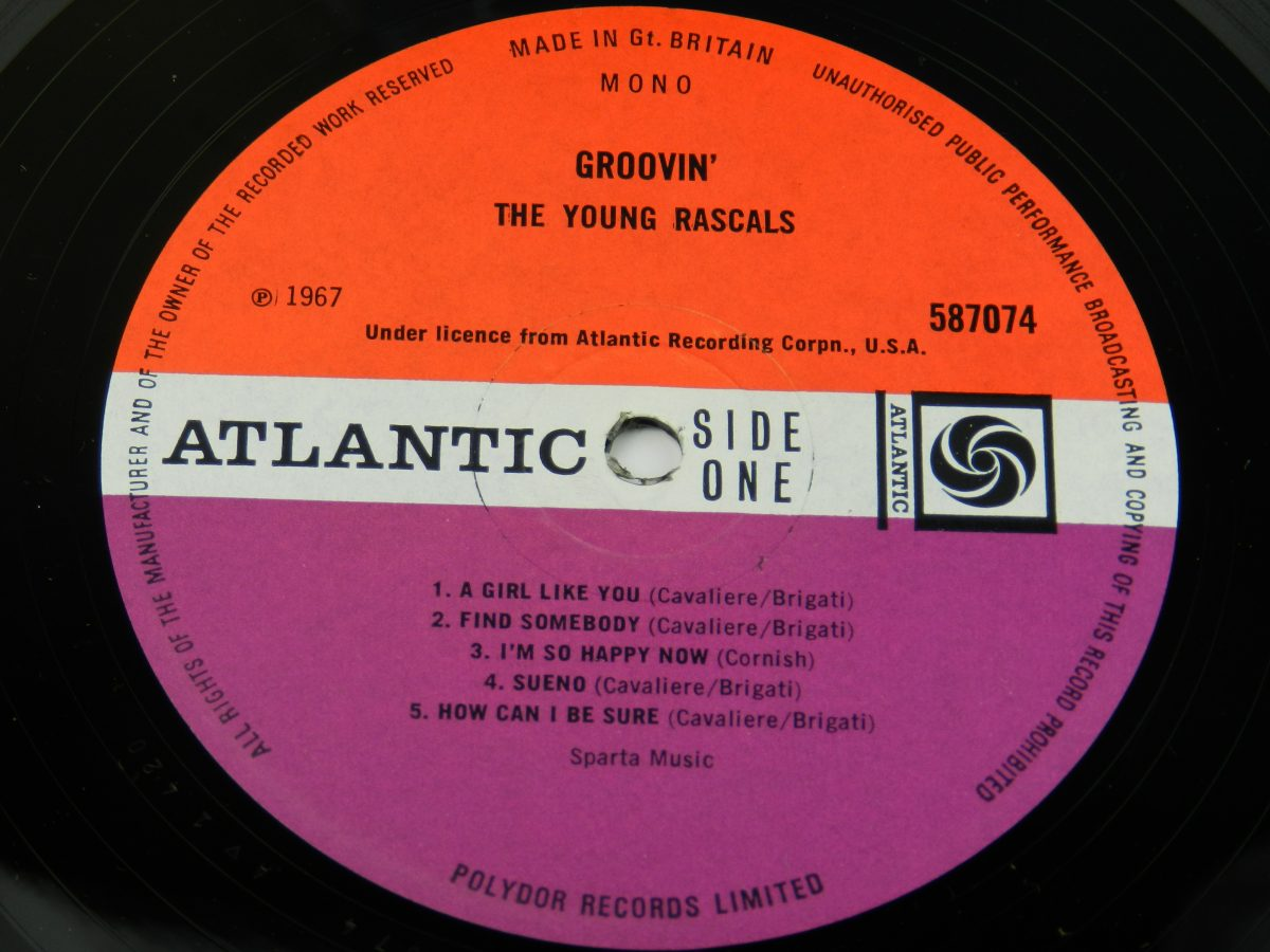 The Young Rascals – Groovin vinyl record side A label scaled