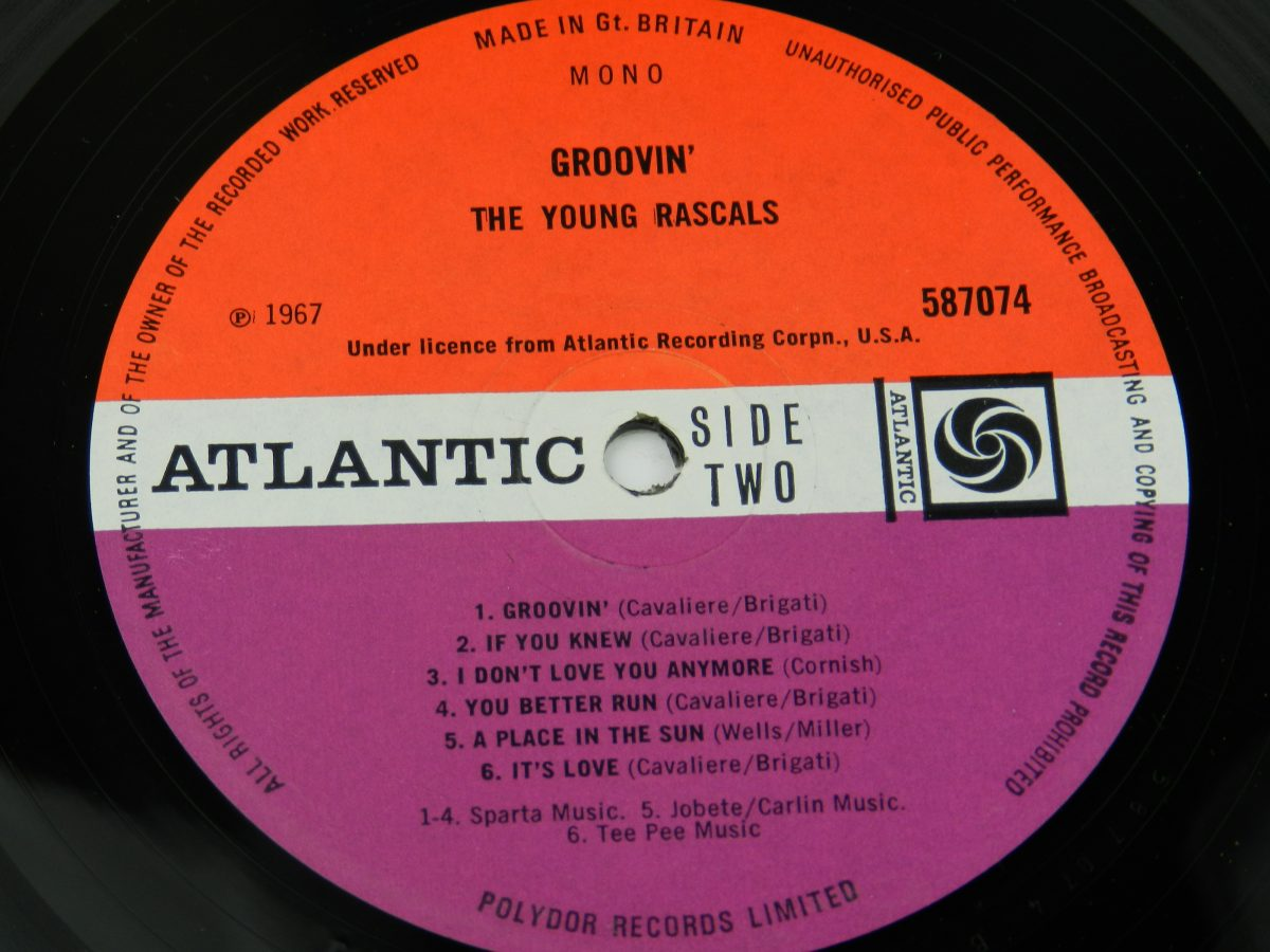 The Young Rascals – Groovin vinyl record side B label scaled