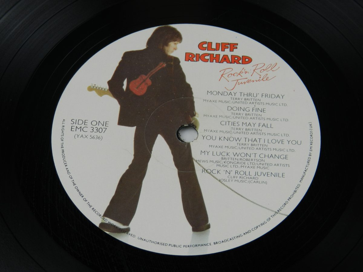 Cliff Richard – Rock N Roll Juvenile vinyl record side A label scaled