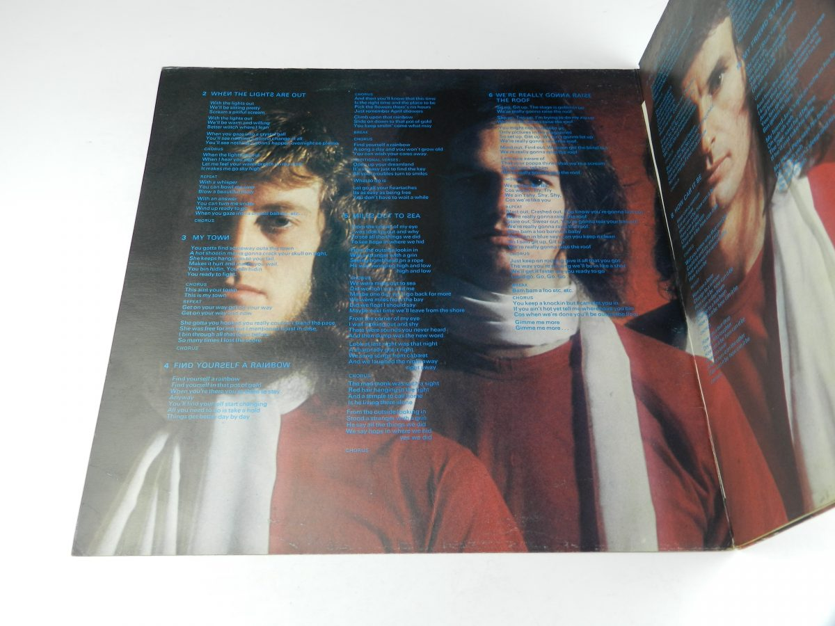 Slade – Old New Borrowed And Blue vinyl record sleeve gatefold 1 scaled