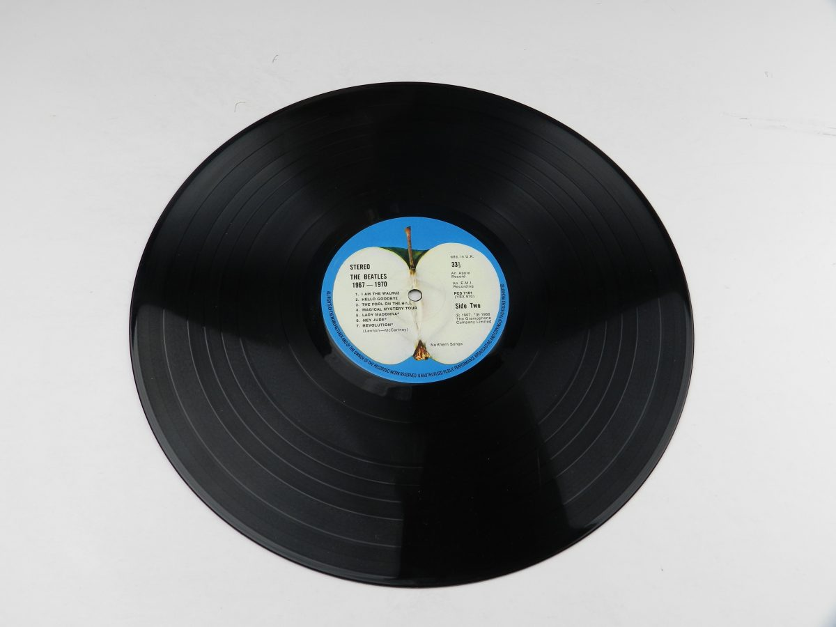 The Beatles – 1967 1970 vinyl record 1 side B scaled