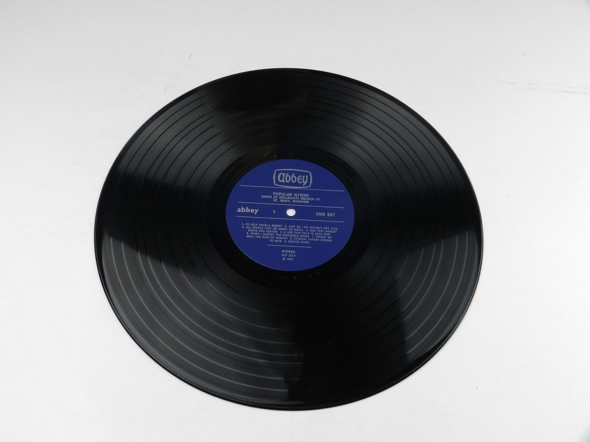 The Choir Of The Collegiate Church Of St Mary Warwick – 18 Popular Hymns vinyl record side A scaled
