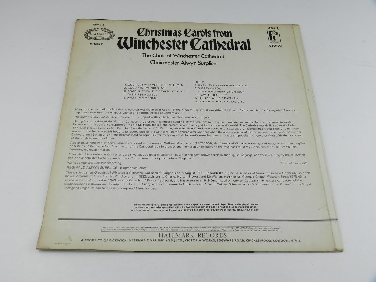 The Choir Of Winchester Cathedral – Christmas Carols From Winchester Cathedral vinyl record sleeve rear scaled