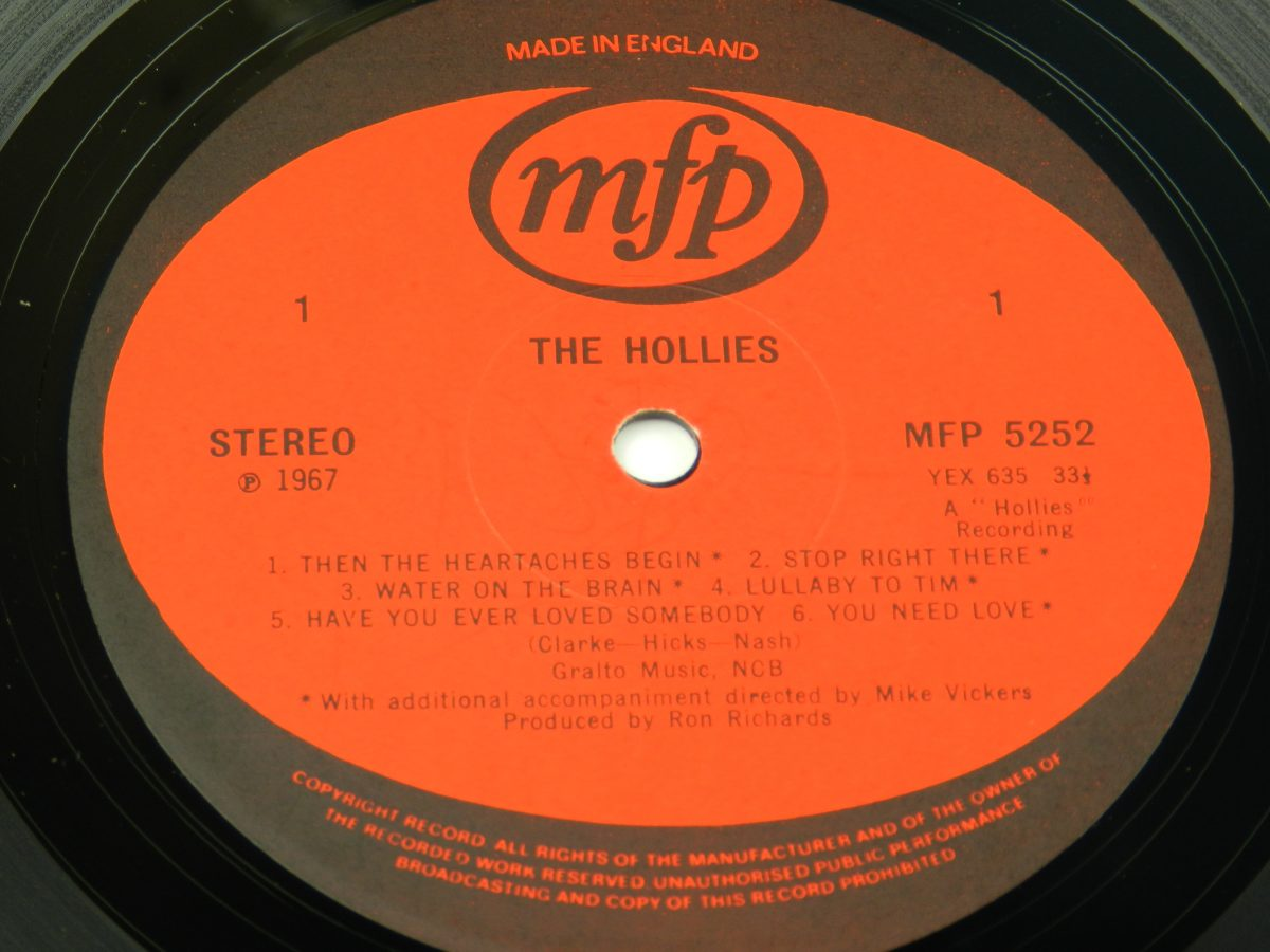 The Hollies – The Hollies vinyl record side A label scaled