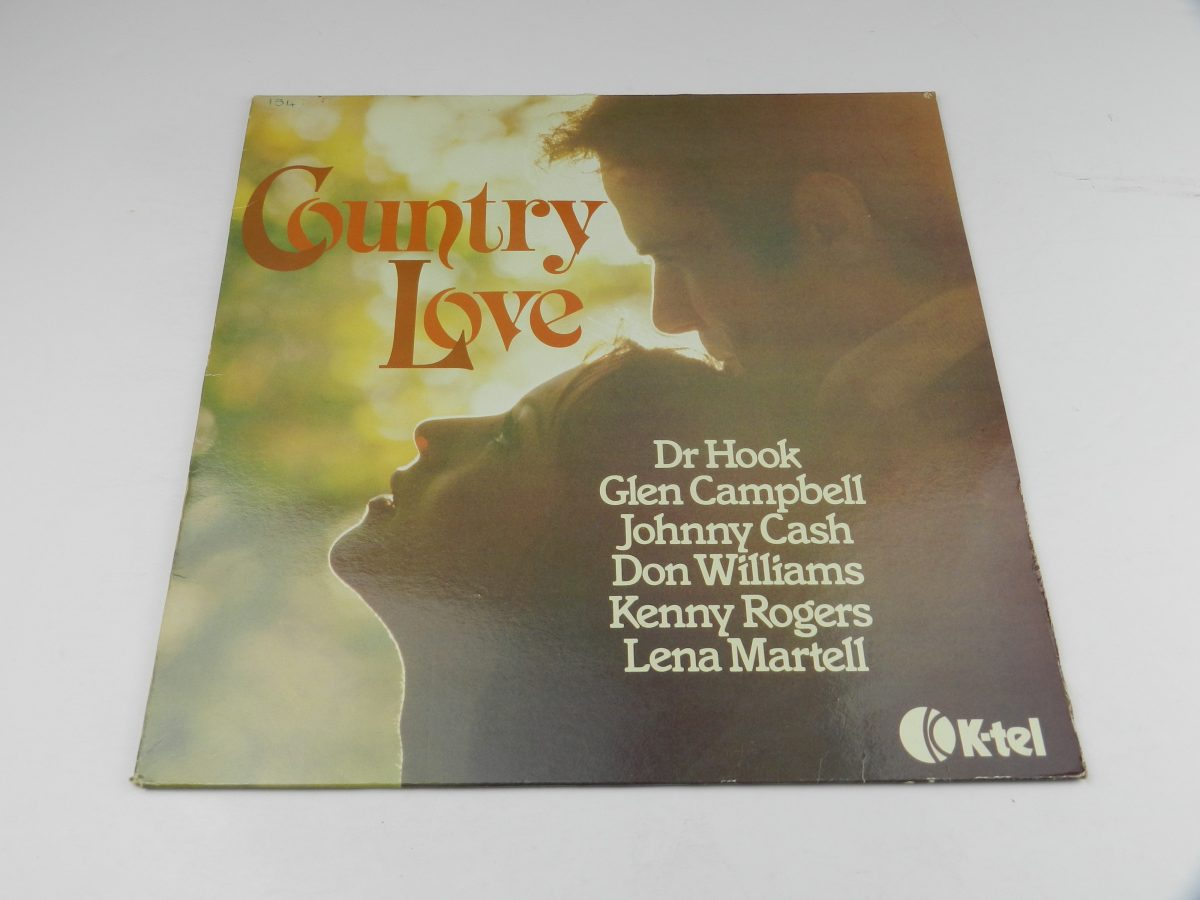 Various – Country Love vinyl record sleeve scaled